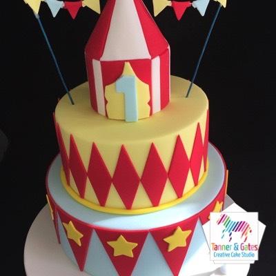 2 Tier Circus Cake